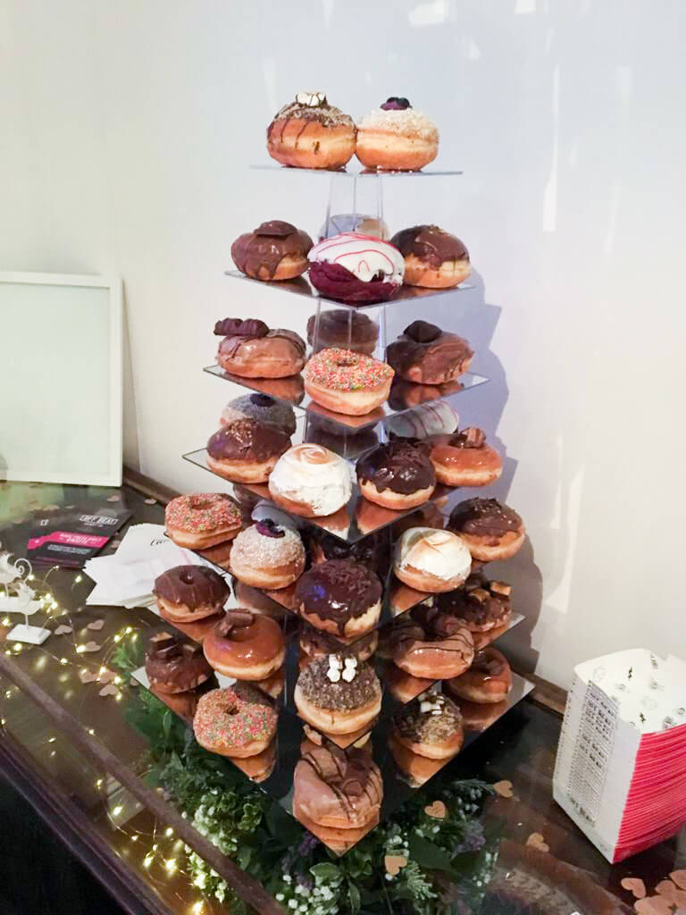 7 tiers donut stand